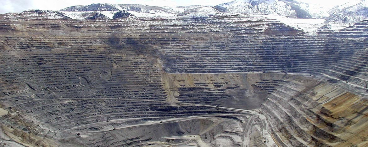 Bingham Canyon copper mine, UT, USA: Rio Tinto, Source: Spencer Musick