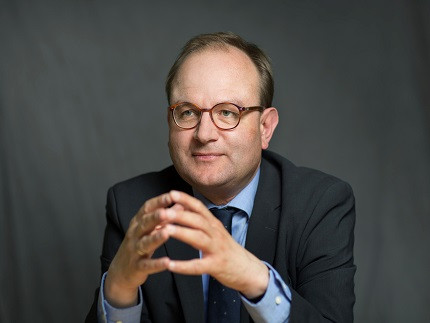 Portrait Prof. Edenhofer